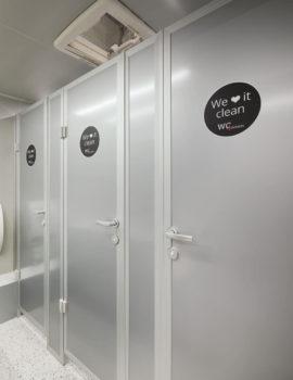 Innenansicht - Toilettenwagen für Events -