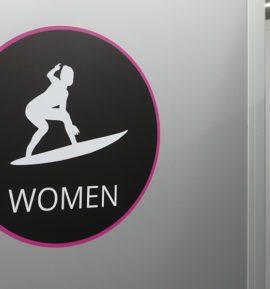Eingang Damen - Toilettenwagen für Events -